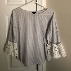 Women's Ann Taylor Factory blouse with lace